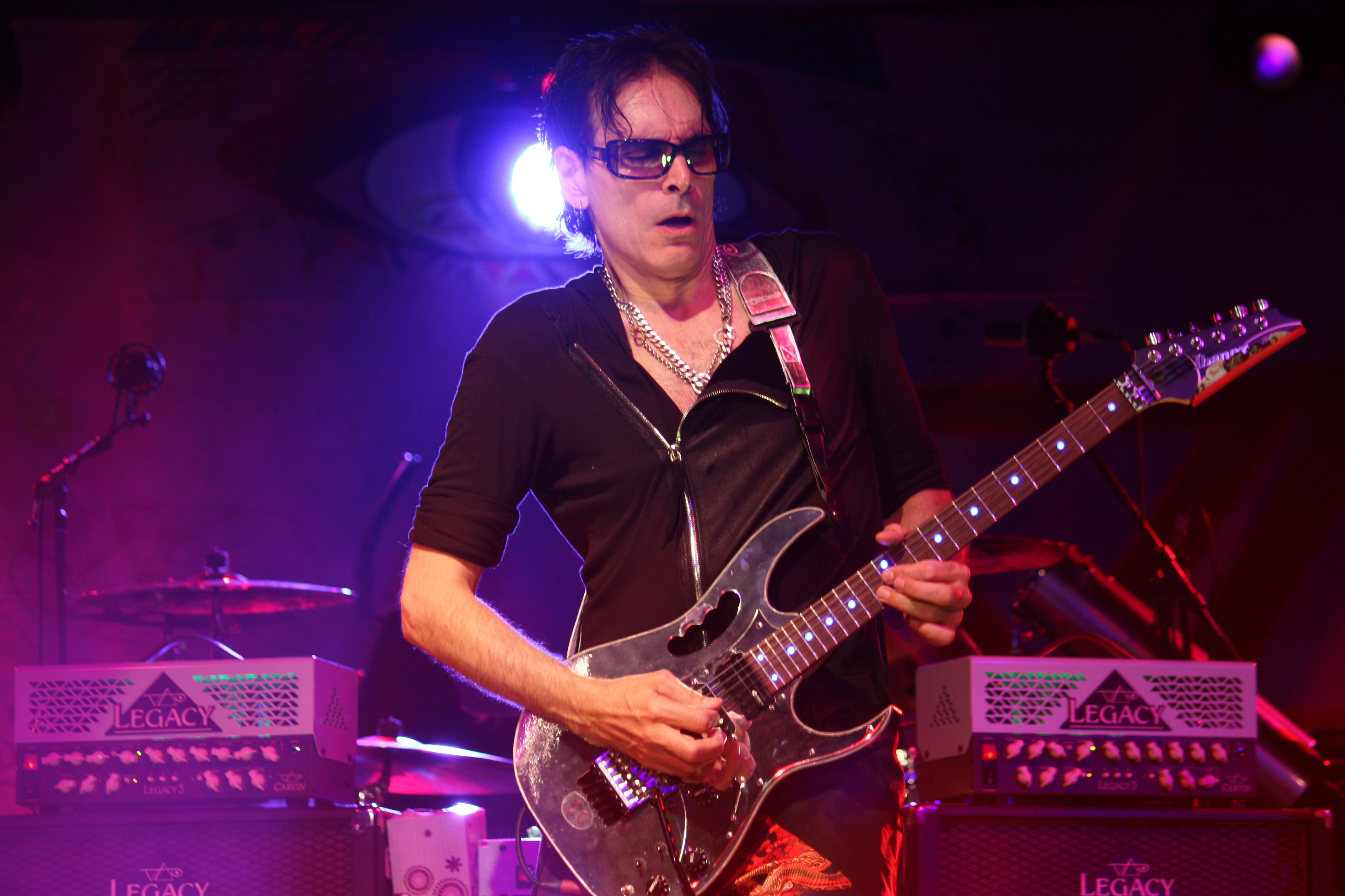 STEVE VAI Live show review - Manta Ray Pictures