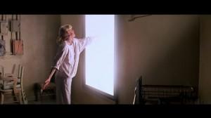 John-Carpenter-Prince-of-Darkness-1987-Susan-Blanchard-mirror-reach