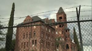 a_haunting_at_preston_castle_mackenzie_firgens_cap03