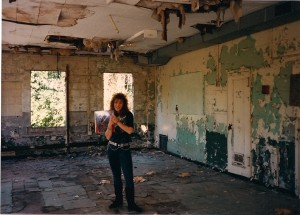 Doria Sieone smiles in the dilapidated building located under the Roslyn Viaduct.  The video was Doria's acting debut and she did a fine job conveying the emotions of a distraught Dokken fan.