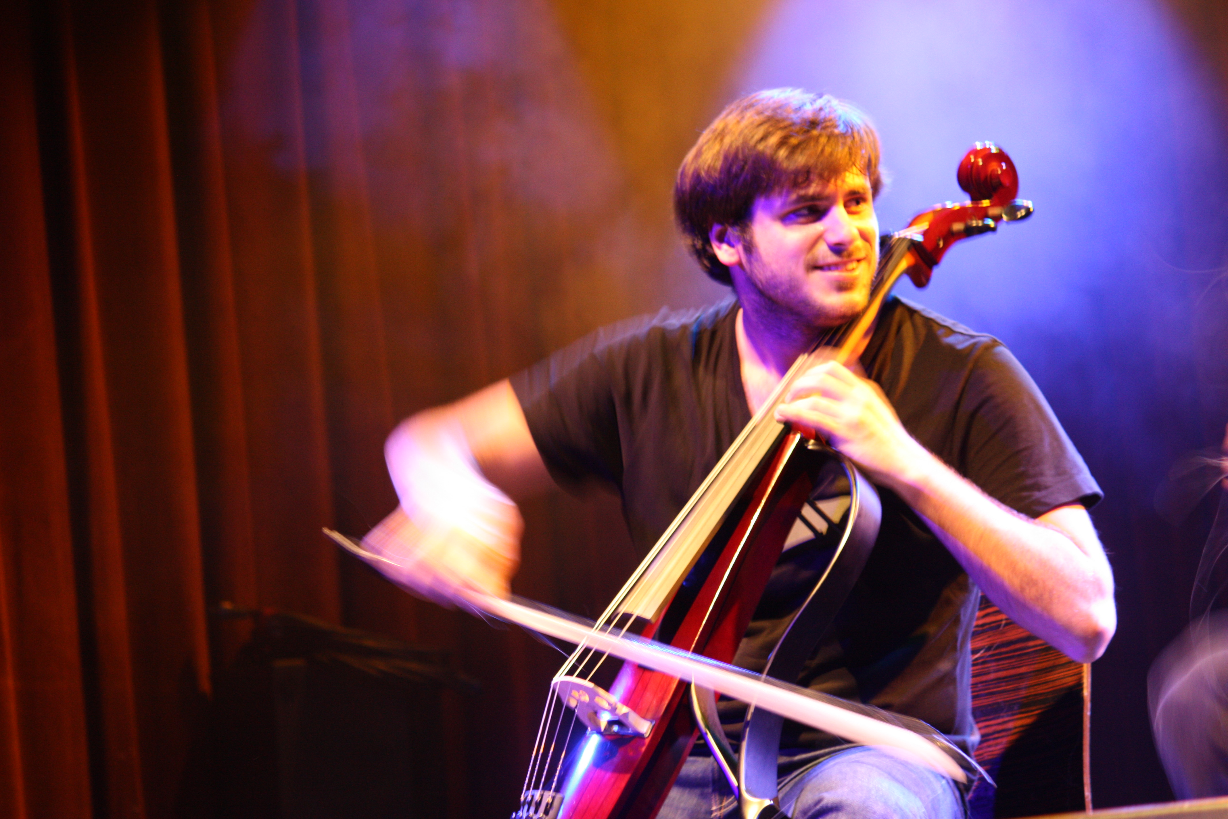 2cellos Live At Highline Ballroom Manta Ray Pictures Guardian Hiro Oxford Ss Shirt In Dusty Blue Biru Muda S 2cello6